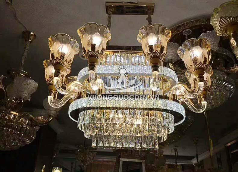 Những ưu điểm vượt trội của đèn ốp trần phòng khách