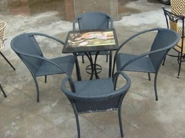 Bàn ghế café mây nhựa thanh lý